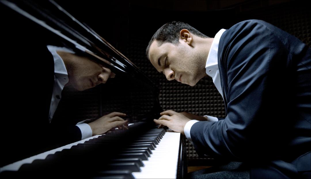 Levit-at-piano-Felix-Broede-28898.jpg