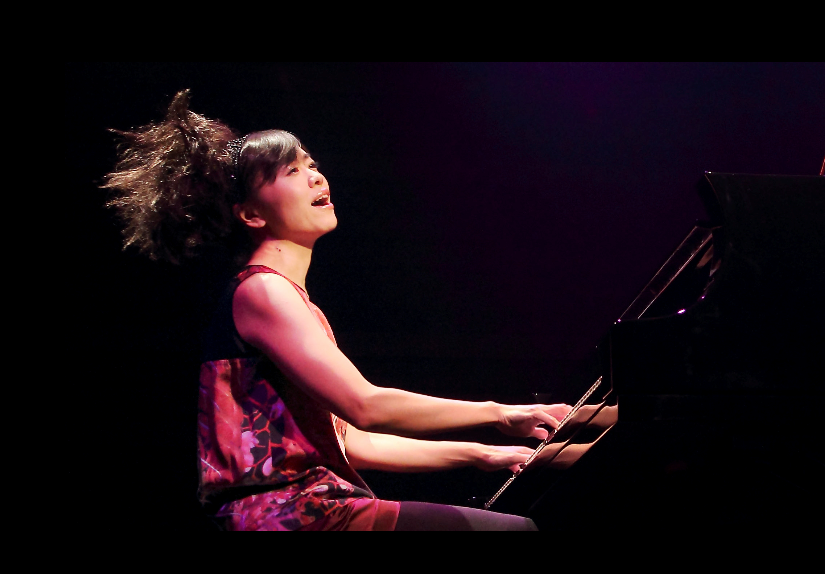 Charismatic jazz pianist & composer Hiromi gives solo