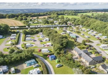 Meet Monkton Wyld Holiday Park's owners