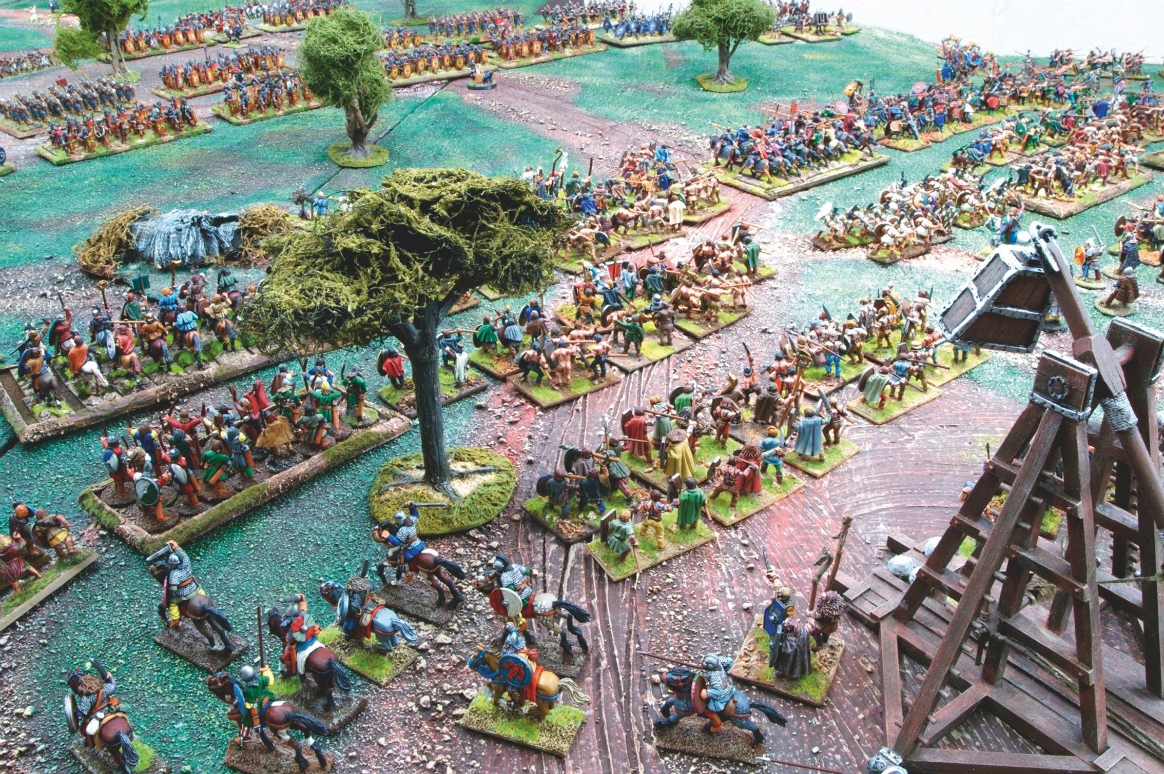 The Visigoth hordes form up in three lines to protect their siege equipment from the Romans.