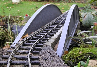Building a track cleaning wagon for a garden railway