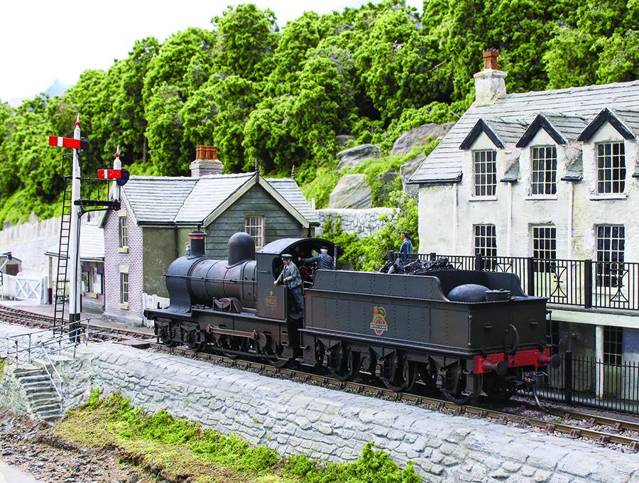 BR Western Region 00 Gauge model railway Dukedog