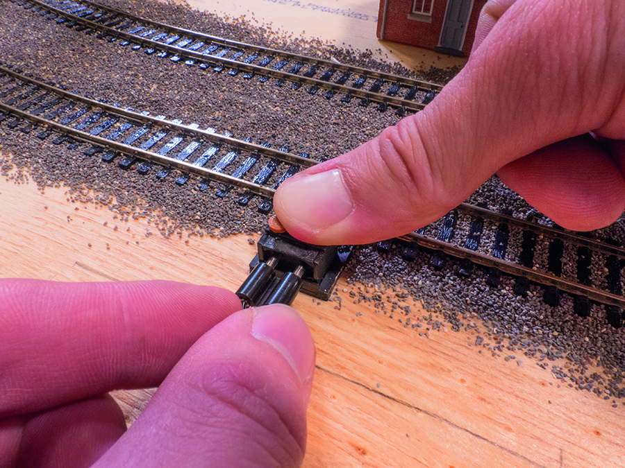 How to lay ballast, model railway, restore power