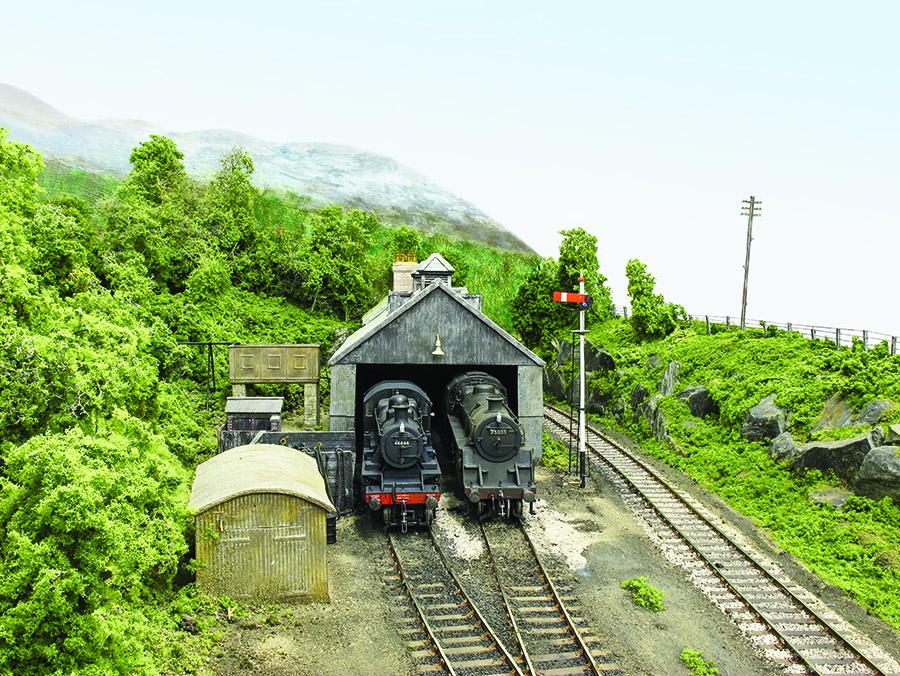 BR Western Region 00 Gauge model railway goods shed