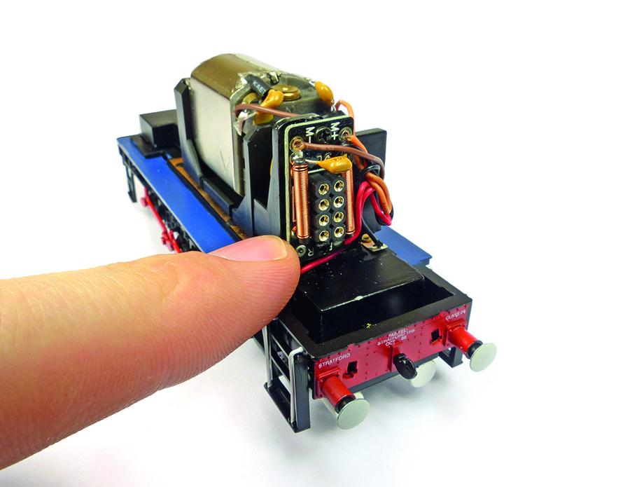 Bachmann Class 08 8-pin DCC socket