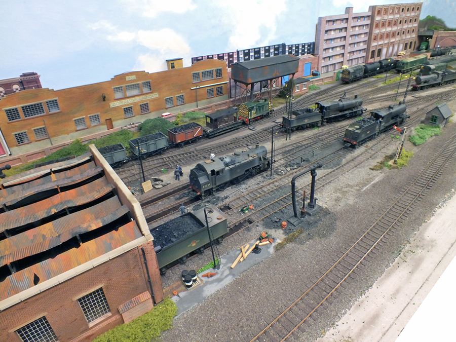 Botleigh North Old Shed OO gauge MPD layout