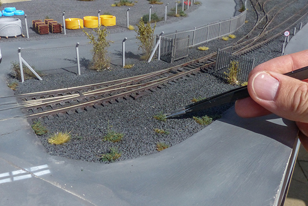 OO gauge vegetation planting scenery runcorn salt union
