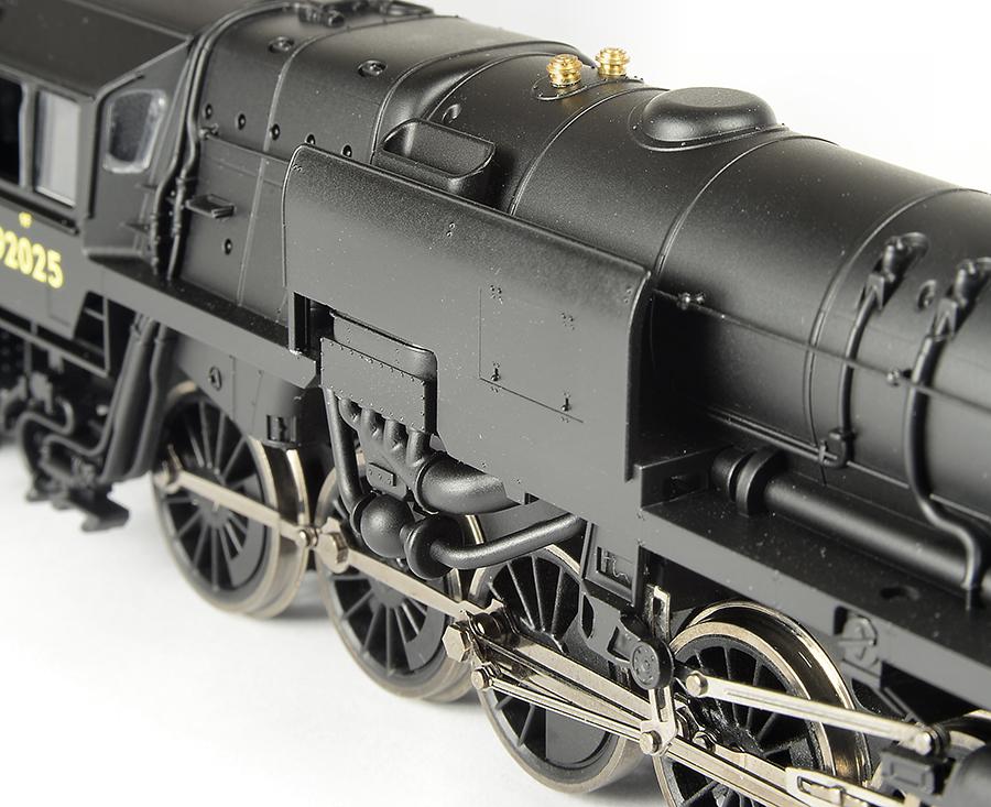 Hornby Railroad Crosti OO Gauge boiler details
