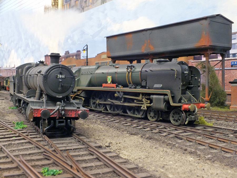 GWR OO gauge 28XX locomotive