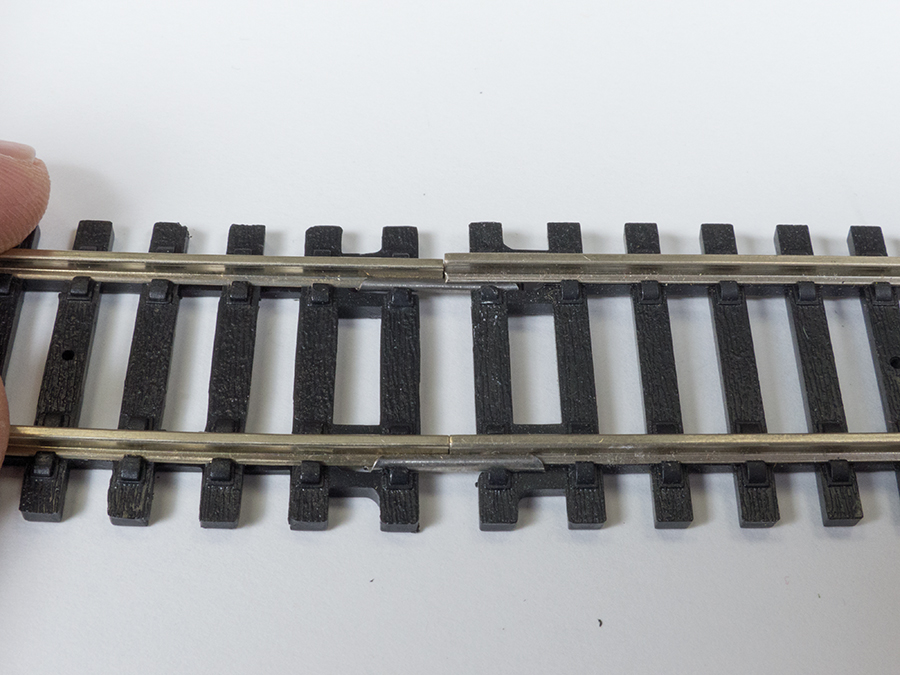 Incorrect Hornby fishplate