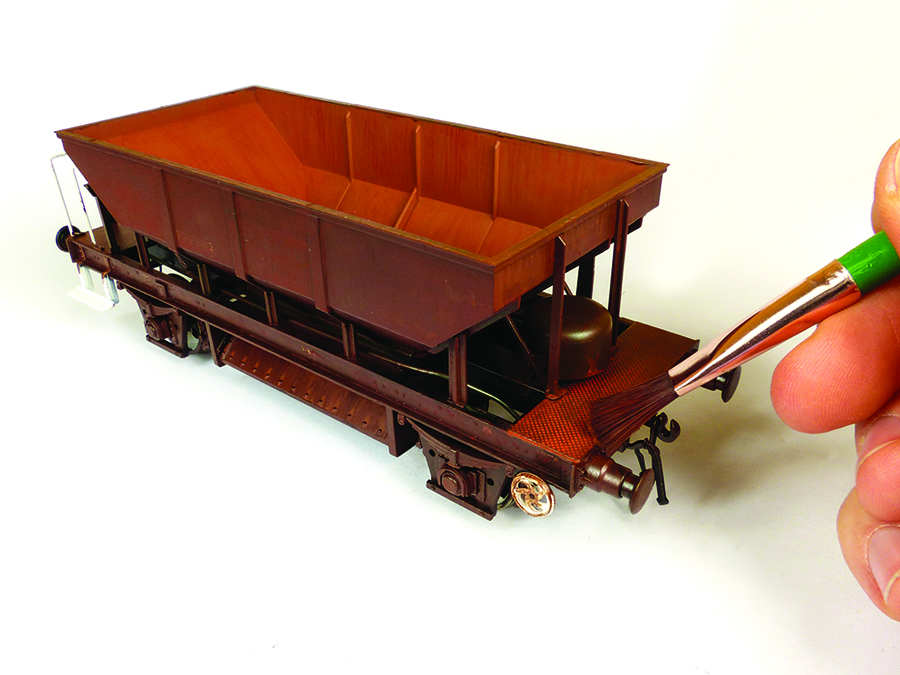 model railway wagon weathering