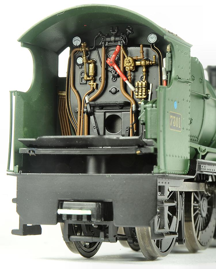 Dapol GWR Mogul 2-6-0