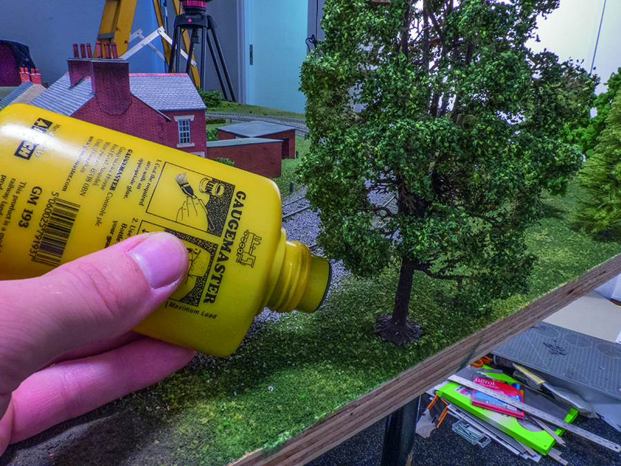 How to add trees to your model railway layout using scatter and flocks