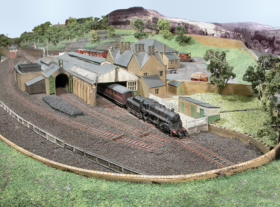 Alston coal drops N gauge