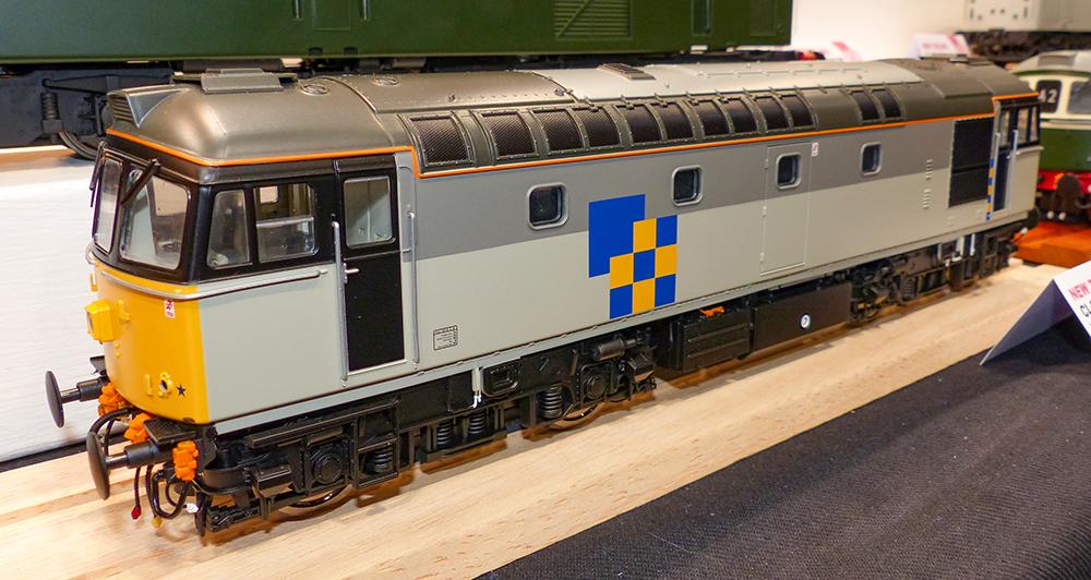 Heljan Class 33/0