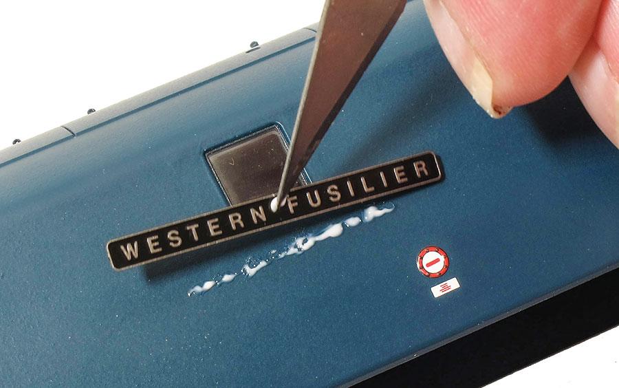 Detailing a Dapol Western