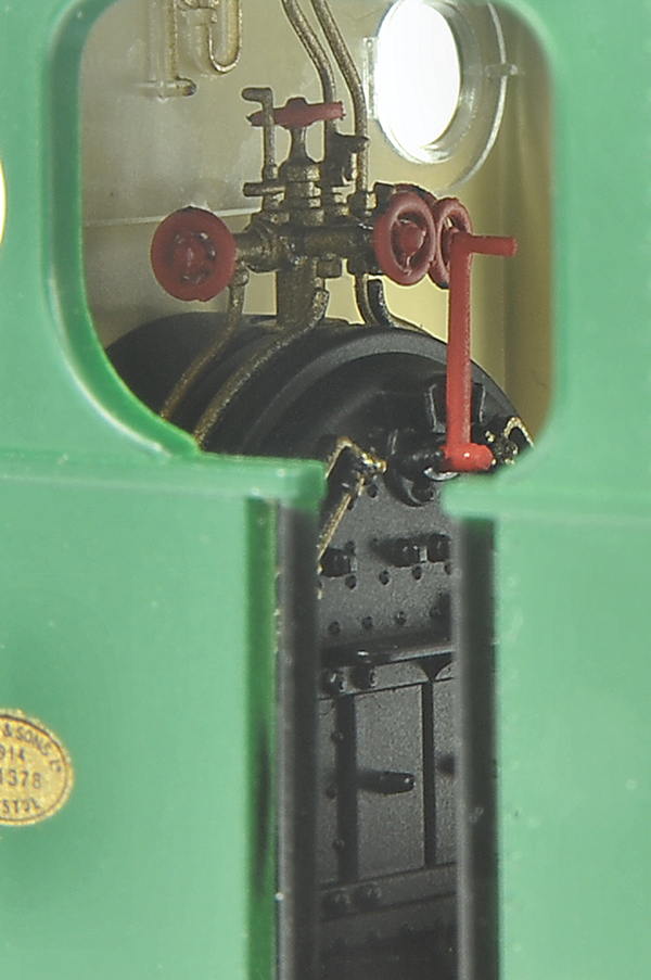 Hornby 0-6-0ST Peckett