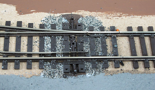 How to ballast track for model railways