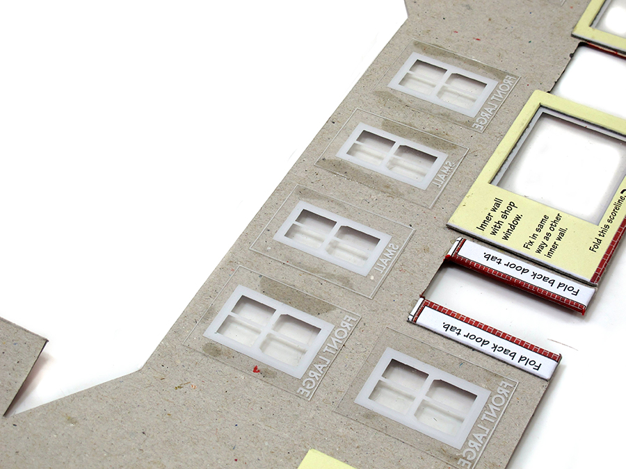 How to build a card kit, model railway, Metcalfe, window options