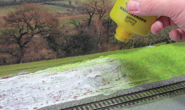 How to make greenery for a model railway