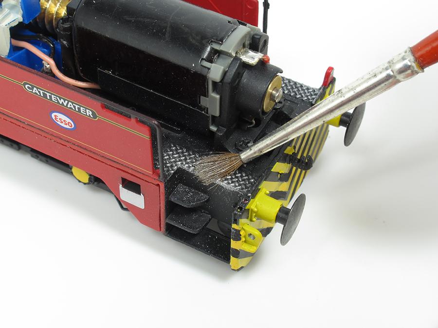 BRM Railway modelling Hornby Sentinel OO gauge dry brushing