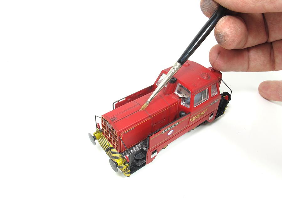 BRM Railway modelling Hornby Sentinel OO gauge painting
