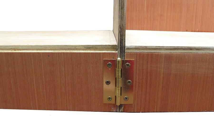 loose pin hinges on model railway baseboards