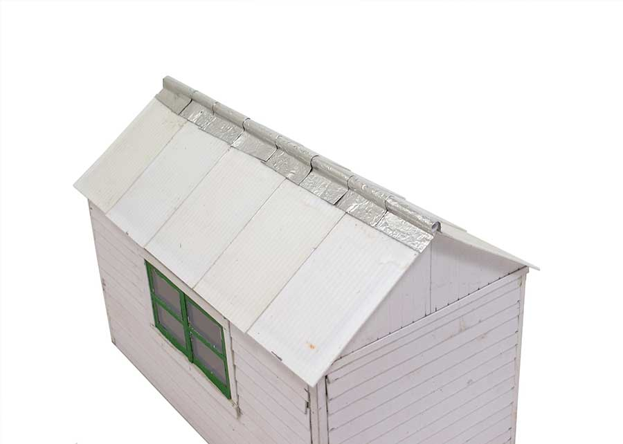 add roof to cardboard office