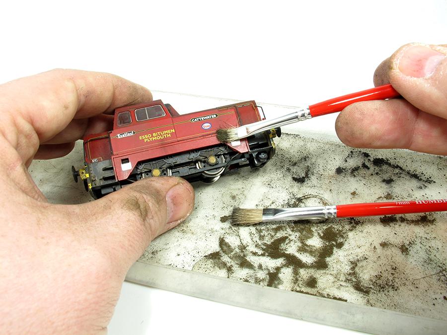 BRM Railway modelling Hornby Sentinel OO gauge weathering