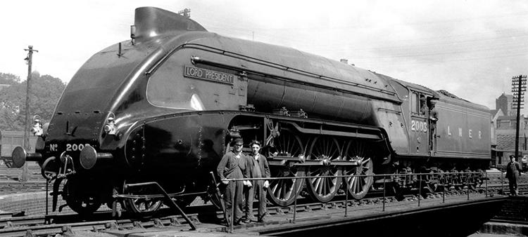 Hornby R3985 P2 rebuilt Lord President