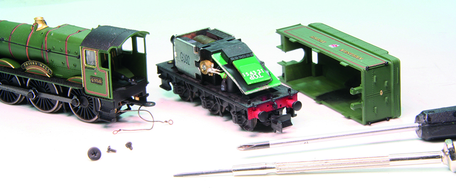 Dapol N gauge Hall locomotive