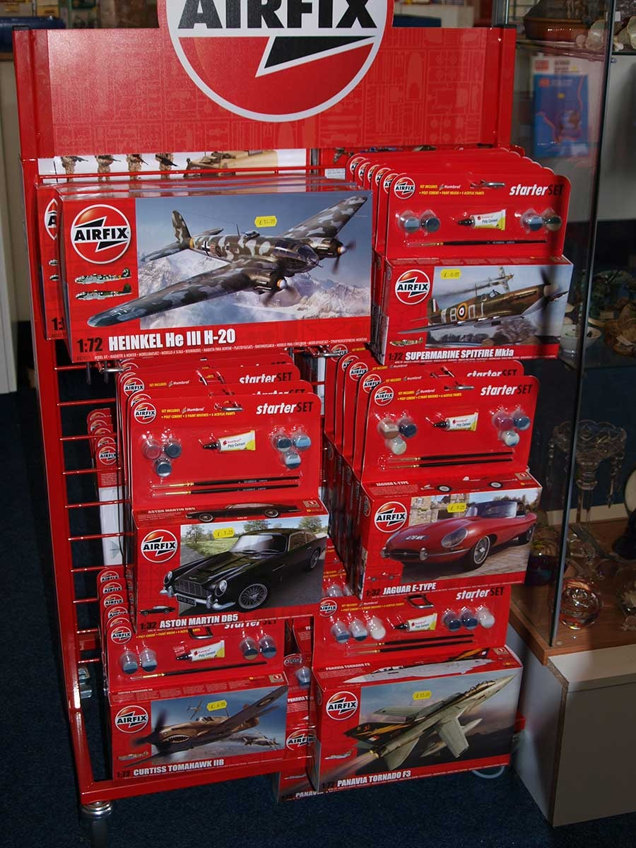 Stockists-of-Airfix-07809.jpg
