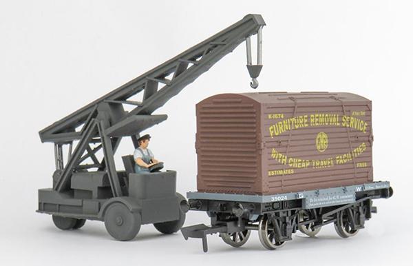 Osborns 6T petrol electric ransomes and rapier crane