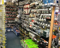 shop-full-of-bits-27854.jpg