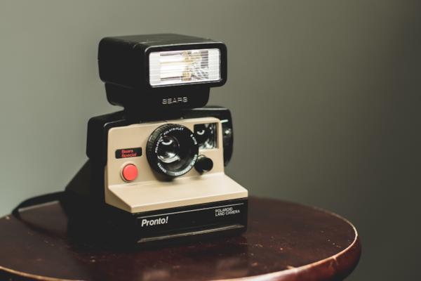 Polaroid-camera-08617.jpg