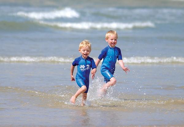 122_boys-running-on-beach