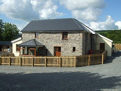 302_red-kite-cottage-small